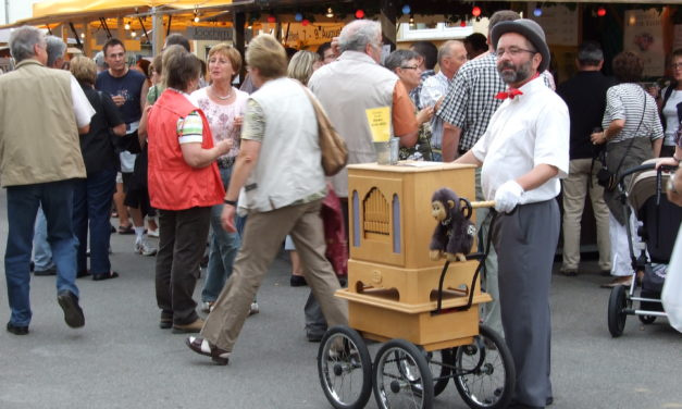 "<span class=""entry-title-primary"">Weinfest in Flörsheim-Wicker</span> <span class=""entry-subtitle"">43. Wickerer Weinfest</span>"
