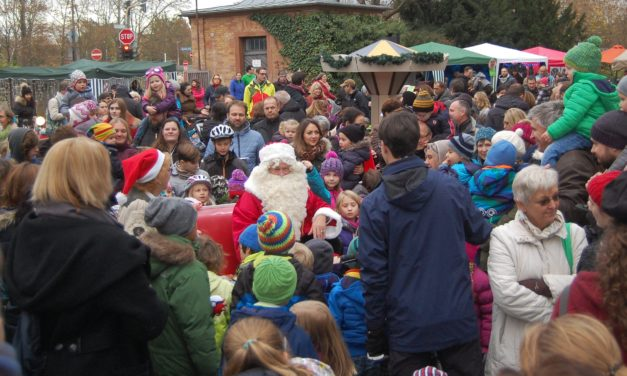 """<span class=""""entry-title-primary"""">Ein Glühwein gefällig? Und gleichzeitig der Weihnachtsmusik lauschen!</span> <span class=""""entry-subtitle"""">Der Laubenheimer Nikolausmarkt öffnet wieder seine Pforten</span>"""