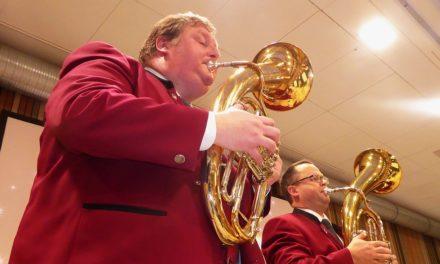 """<span class=""""entry-title-primary"""">Traditionskonzert vor vollen Rängen</span> <span class=""""entry-subtitle"""">Blasorchester Bodenheim stimmt auf das neue Jahr ein</span>"""