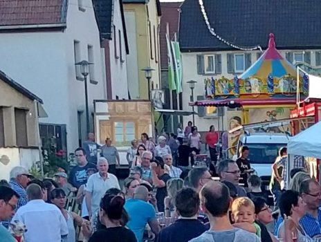 Auf zur traditionellen Kerb in Lörzweiler