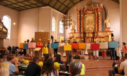 """<span class=""""entry-title-primary"""">Tolles Programm beim St. Rochus-Pfarrfest</span> <span class=""""entry-subtitle"""">Das diesjährige Motto lautet """"Baustelle Kirche-mach mit sei dabei""""</span>"""