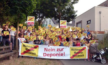 """<span class=""""entry-title-primary"""">""""Die Stadt will uns täuschen!""""</span> <span class=""""entry-subtitle"""">Laubenheimer Bürgerinitiative läuft Sturm gegen Deponiepläne</span>"""