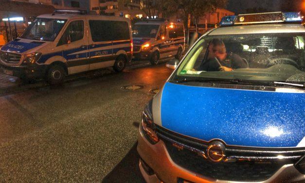 Stadtpolizei mit Bereitschaftspolizei im Einsatz