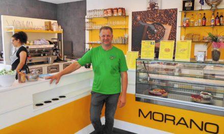 """<span class=""""entry-title-primary"""">Nicht nur Eis!</span> <span class=""""entry-subtitle"""">Eiscafé Morano hat im Neubau jetzt auch eine Imbisstheke integriert</span>"""