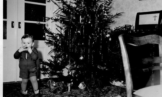 """<span class=""""entry-title-primary"""">Weihnachten anno dazumal</span> <span class=""""entry-subtitle"""">Bilder für Ausstellung zum Niersteiner Adventsmarkt 2018 gesucht</span>"""