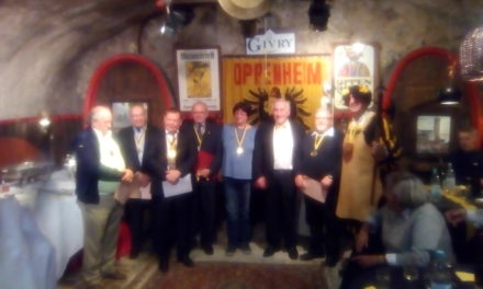 """<span class=""""entry-title-primary"""">Ehrenabend mit Ritterschlag</span> <span class=""""entry-subtitle"""">Bürgermeister Walter Jertz erhielt den Ritterschlag von den Uhrturmfreunden Oppenheim</span>"""