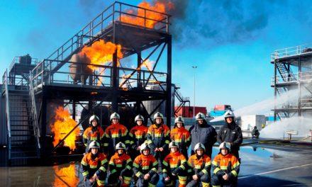 Führungskräfte der Flörsheimer Feuerwehren absolvieren Einsatzleiter-Training in Rotterdam