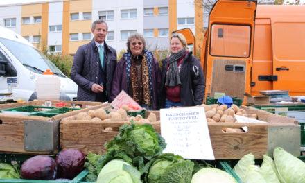 Wochenmarkt Dicker Busch prägt Leben im Stadtteil