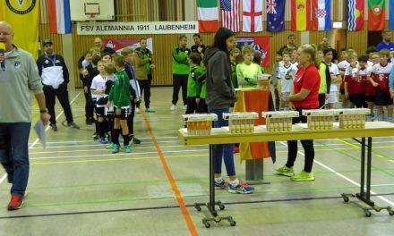 """<span class=""""entry-title-primary"""">Das Spiel mit dem """"entschleunigten""""  Ball</span> <span class=""""entry-subtitle"""">Alemannia richtet Futsal-Turnier aus.</span>"""