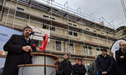 St. Bonifatius: Richtfest für Kindertagesstätte mit Wohnungen