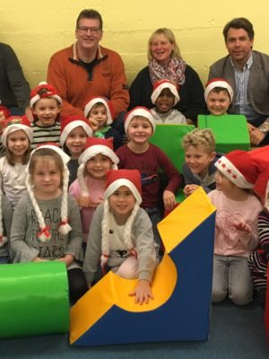 Firma W. S. Elektro beschenkt Ginsheimer Kindertagesstätte