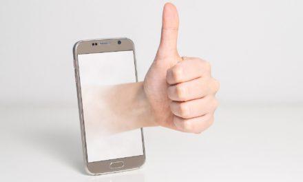 """<span class=""""entry-title-primary"""">""""Mein Smartphone und ich – aber sicher!""""</span> <span class=""""entry-subtitle"""">Informationsparcours für Ältere</span>"""