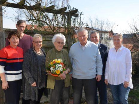 Waltraut und Peter Schäfer feiern diamantene Hochzeit in Lörzweiler