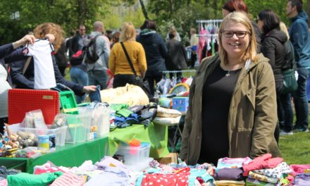 Vorbereitung für KiKo-Flohmarktfest open-air am 1. Mai
