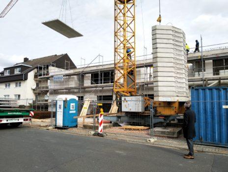 Kita in der Rossertstraße: Das Dach ist drauf