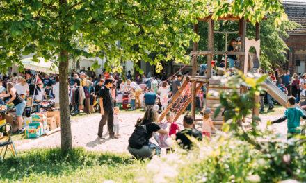 """<span class=""""entry-title-primary"""">KiKo-Flohmarktfest lockt hunderte Besucher an</span> <span class=""""entry-subtitle"""">Bei idealen Wettervoraussetzungen wird das Flohmarktfest zum vollen Erfolg</span>"""