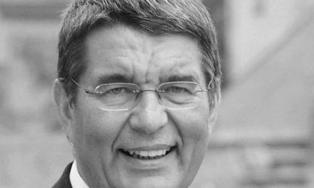 """<span class=""""entry-title-primary"""">Jens Beutel ist tot</span> <span class=""""entry-subtitle"""">Ehemaliger Mainzer Oberbürgermeister überraschend mit 72 Jahren verstorben</span>"""