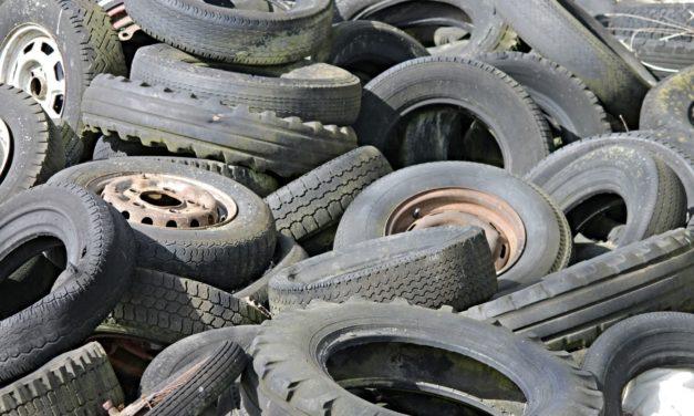 Stadt bittet um Hinweise zu illegaler Reifenentsorgung