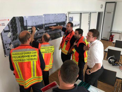 Führungskräfte der Freiwilligen Feuerwehr für Großschadenslage geschult
