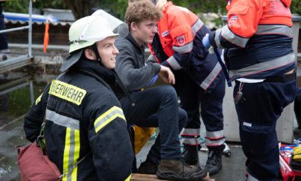 """<span class=""""entry-title-primary"""">Laubenheim, Hechtsheim, Ebersheim und Weisenau probten den Ernstfall</span> <span class=""""entry-subtitle"""">Feuerwehren, THW und Rettungsdienste meisterten mit ca. 120 Helfern den gemeinsamen Einsatz</span>"""