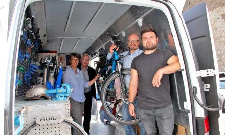 Mobile Fahrradwerkstatt kommt wöchentlich nach Flörsheim