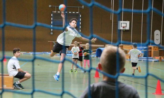 """<span class=""""entry-title-primary"""">Herbstferien Handballcamp</span> <span class=""""entry-subtitle"""">für Kinder zwischen 6 und 14 Jahren vom 07.-11.10.2019</span>"""