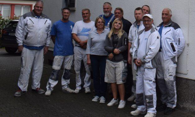 """<span class=""""entry-title-primary"""">Seit 70 Jahren Partner für Sanierung und Renovierung</span> <span class=""""entry-subtitle"""">Die Karl Juli & Sohn Baudekoration e.K.</span>"""