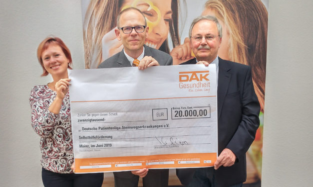 """<span class=""""entry-title-primary"""">Förderung für den guten Zweck</span> <span class=""""entry-subtitle"""">Selbsthilfegruppe aus Oppenheim bekommt 20.000 Euro</span>"""