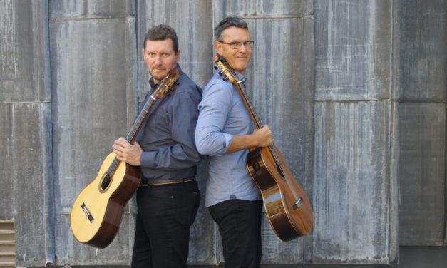Südamerikanische Musik und Italowestern mit dem Gitarrenduo Doppel-Saite