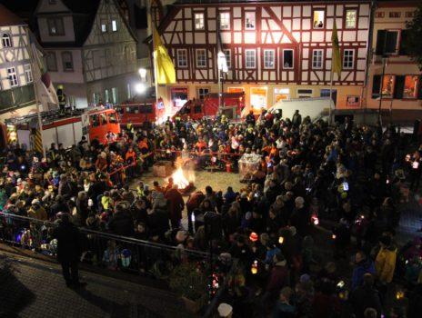 St. Martin 2019: Traditioneller Umzug durch die Altstadt