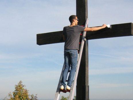 Das Zöller-Kreuz erstrahlt in neuem Glanz