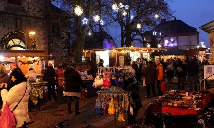 Weihnachtsmarkt in der Flörsheimer Altstadt
