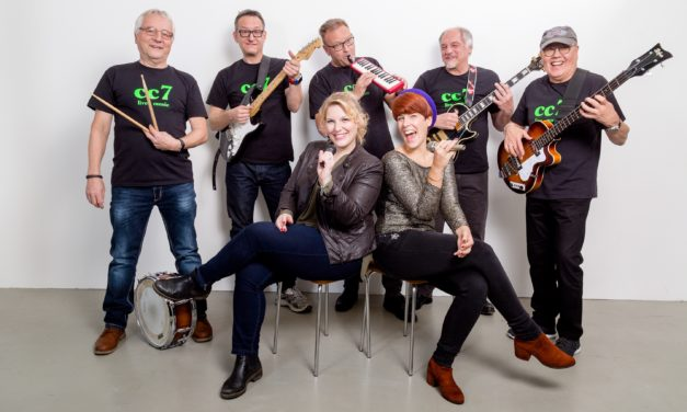 """<span class=""""entry-title-primary"""">Da ist Musik drin!</span> <span class=""""entry-subtitle"""">Die Band cc7 live auf dem Laubenheimer Nikolausmarkt</span>"""