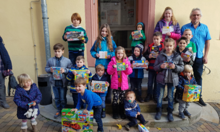 """<span class=""""entry-title-primary"""">Luftballonwettbewerb der Kinder</span> <span class=""""entry-subtitle"""">45. St. Albansfest in Bodenheim </span>"""