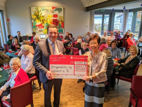 Bridge-Club spendet zum fünften Mal an Bürgerstiftung Hofheim