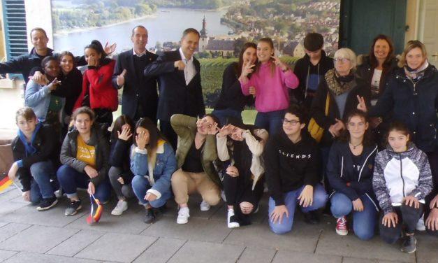 Austauschschüler aus Gevrey-Chambertin zu Gast im Rathaus Nierstein