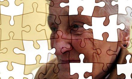 Helfer für Menschen mit Demenz gesucht