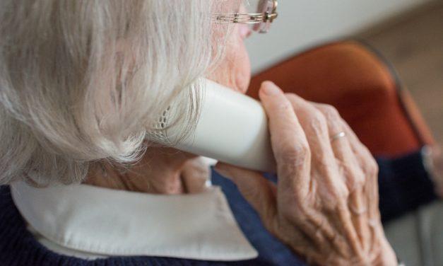 """<span class=""""entry-title-primary"""">Achtung: Betrugsversuche am Telefon</span> <span class=""""entry-subtitle"""">Betrüger geben sich am Telefon als Seniorenberater aus!</span>"""