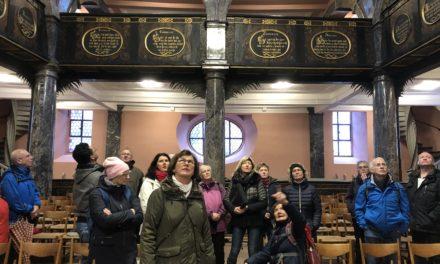 Großer Zuspruch bei SKG Weihnachtswanderung in Idstein