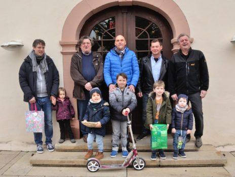 8-jähriger aus Nierstein ist der Gewinner des Luftballonwettbewerbs