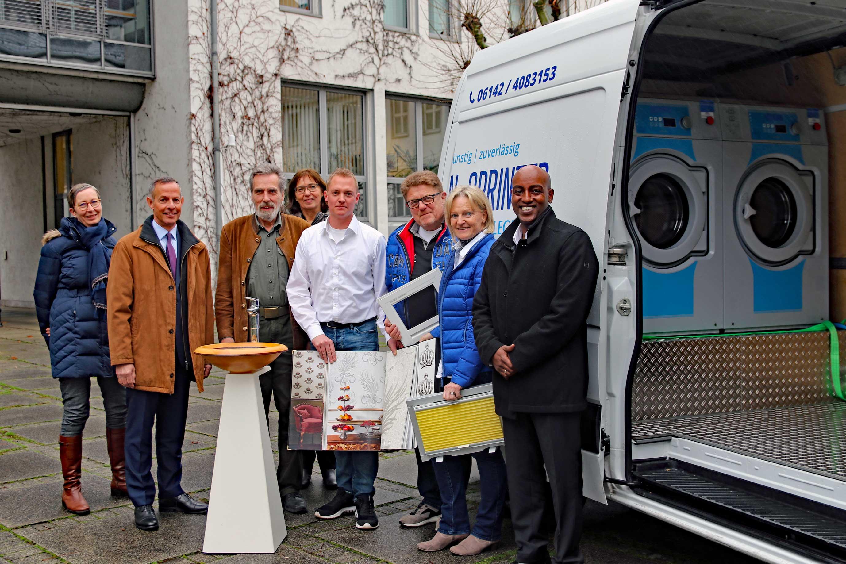 Oberbürgermeister Udo Bausch trifft Handwerk-Experten für schöne Räume - Foto: Stadt Rüsselsheim am Main