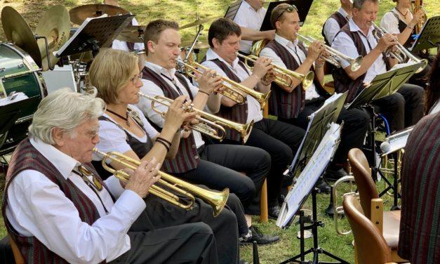 """<span class=""""entry-title-primary"""">""""100 und kein bisschen leise""""</span> <span class=""""entry-subtitle"""">Musikverein Concordia feiert Jubiläum mit hochkarätigen Gästen</span>"""