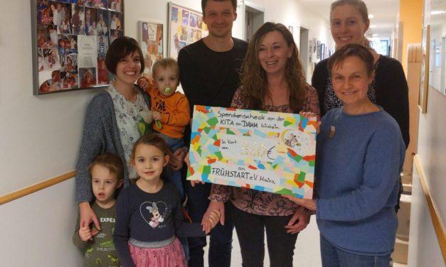 """Elternbeirat der Kita """"Am Damm"""" überreicht Spenden an Frühstart e. V. Mainz"""