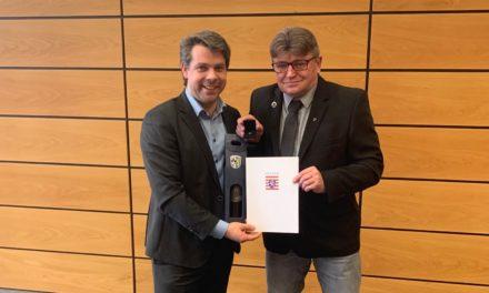 Jürgen Kübler wird mit Landesehrenbrief ausgezeichnet