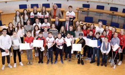 Junge Sportlerinnen und Sportler als Botschafter der Stadt