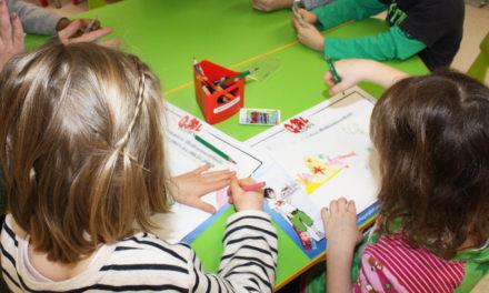 """<span class=""""entry-title-primary"""">Keine Kita-Gebühren im April</span> <span class=""""entry-subtitle"""">Corona: Kommunen und Kreis ziehen keine Gelder ein – Cyriax: Soforthilfe für Familien</span>"""