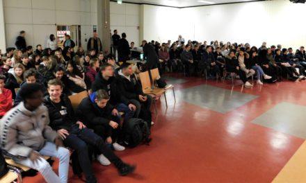 """<span class=""""entry-title-primary"""">Weingartenschule</span> <span class=""""entry-subtitle"""">Ganz schön durchgeknallt! - Historiker Mario Becker über römische Kaiser </span>"""