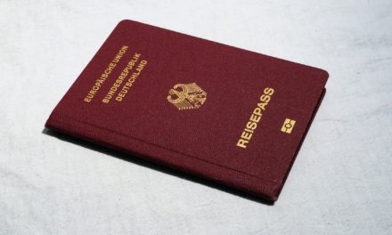 Ausweise: Ausweispflicht und Gültigkeit