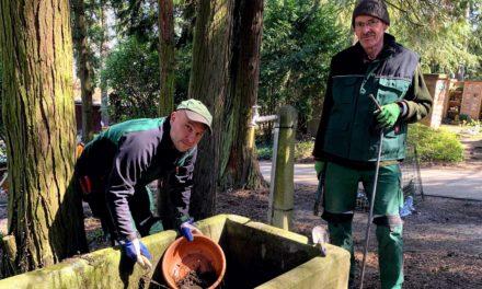 Der Frühling ist da: Wasser auf Friedhöfen wird wieder angestellt