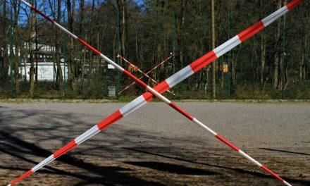 Parkplatz Landungsplatz am Wochenende und abends gesperrt